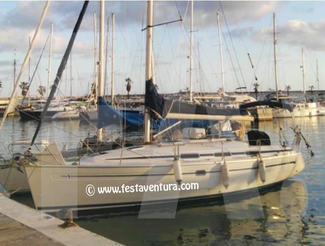 Alquiler de veleros para despedidas y fiestas Sitges